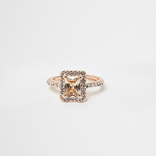Rose gold tone rectangle jewel ring