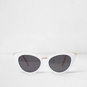 Lunettes de soleil œil de chat blanches à verres fumés