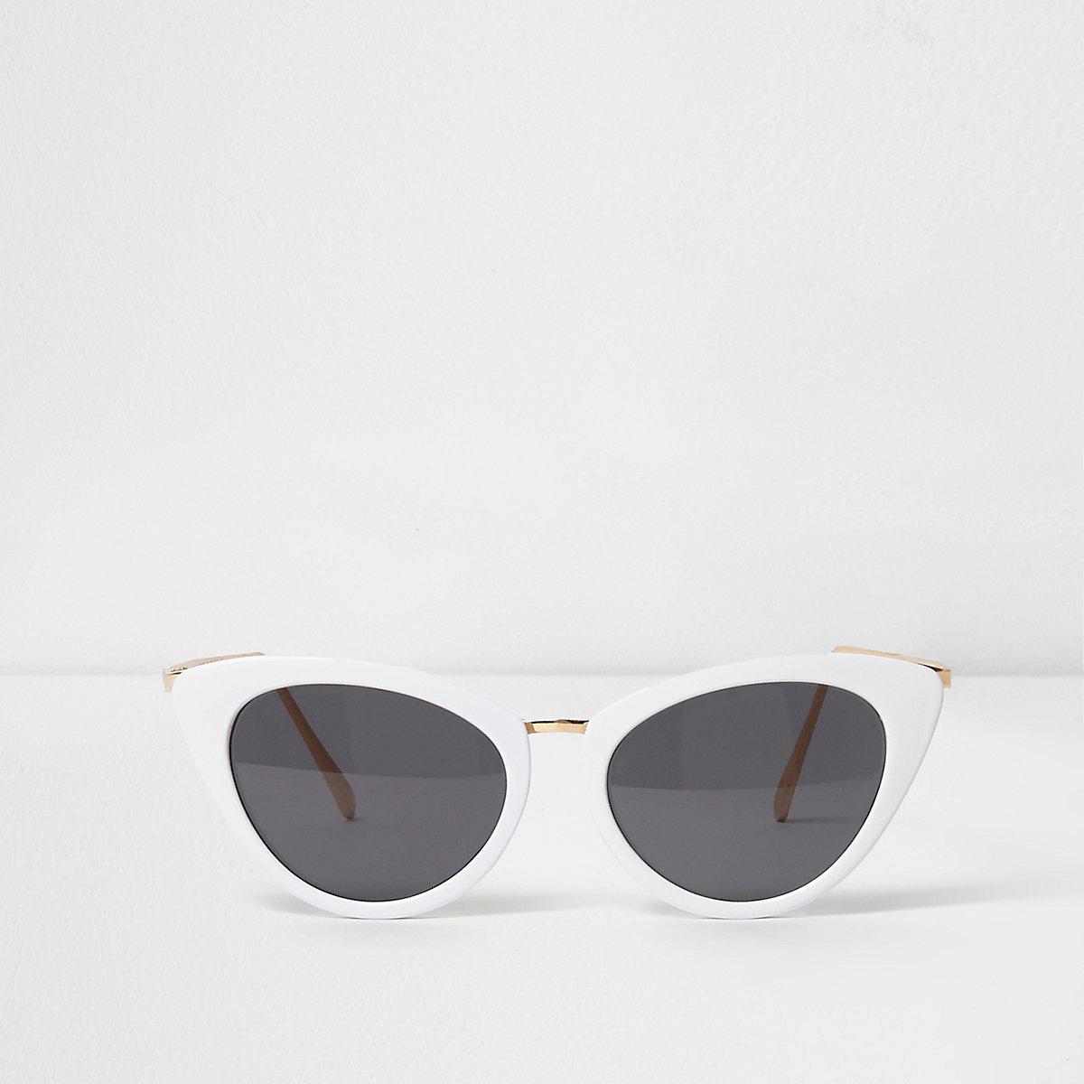 White cat eye smoke lens sunglasses