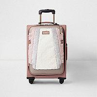 Valise beige à quatre roues avec empiècement en fausse fourrure sur le devant