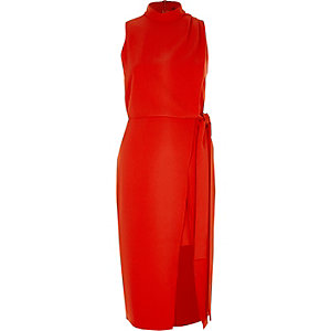 Rode hoogsluitende mouwloze midi-jurk met overslag