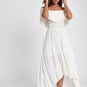 Crème maxi-jurk in bardotstijl met ruches