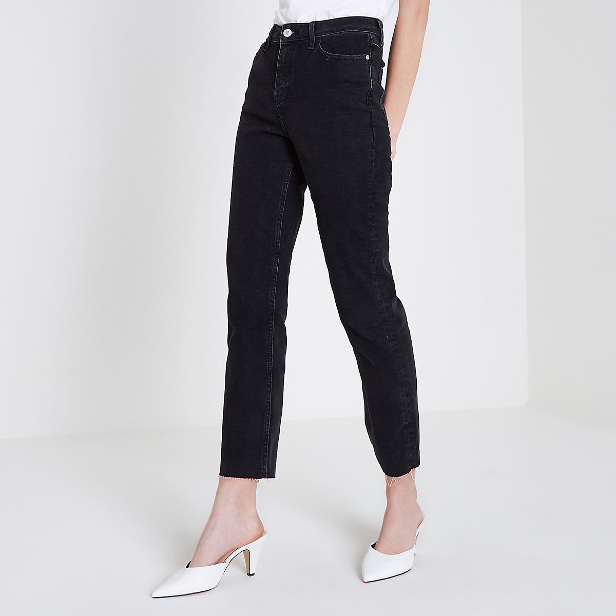 Bella – Schwarze Jeans mit geradem Bein