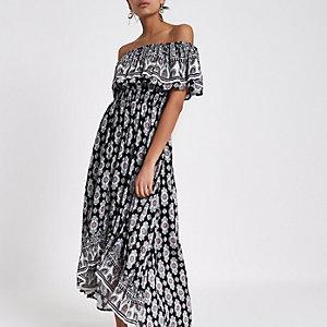 Zwarte maxi-jurk met tegelprint en ongelijke zoom