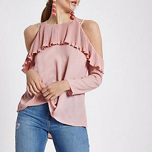 LIchtroze geplooide schouderloze blouse met ruches
