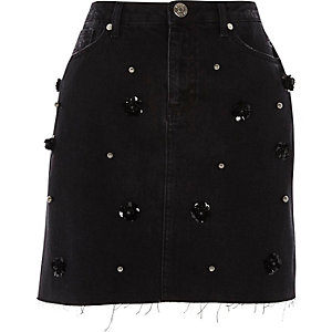 Black flower sequin embellished denim skirt