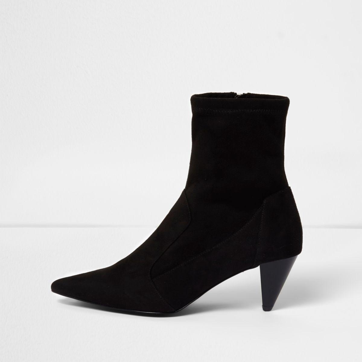 Zwarte laarzen van imitatiesuède met elastische schacht en kegelvormige hak