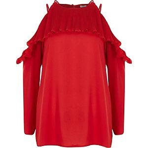Rode geplooide schouderloze blouse met ruches