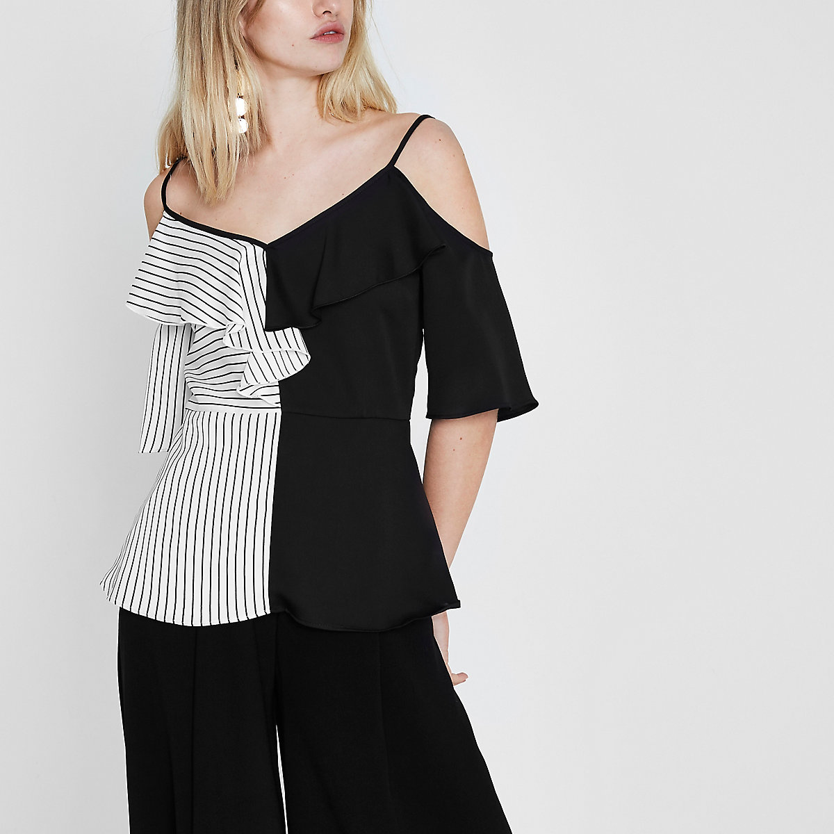 Black block stripe frill cold shoulder top
