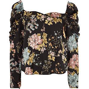 Zwarte top met hartvormige halslijn, bloemenprint en ruches aan de mouwen