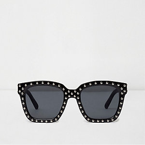 Schwarze Glam-Sonnenbrille mit Nieten