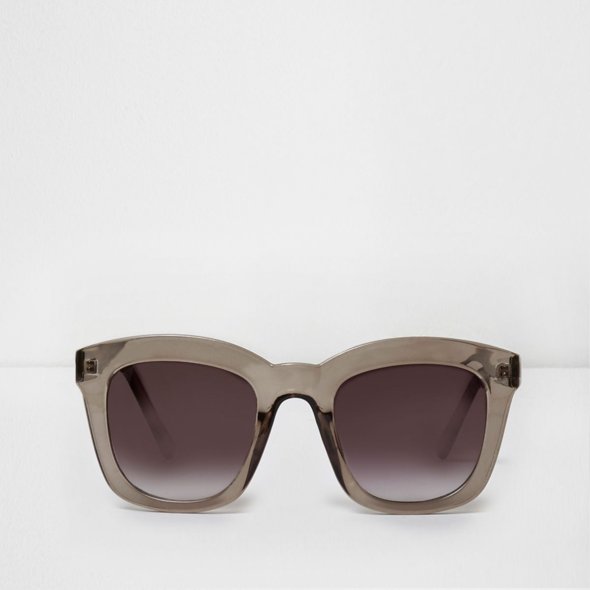 Dark grey oversized glam smoke sunglasses