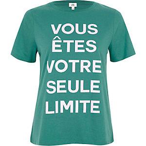 Groen aansluitend T-shirt met 'Vous etes'-print