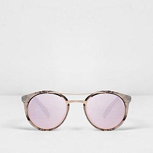 Witte zonnebril met marmerprint en spiegelglazen