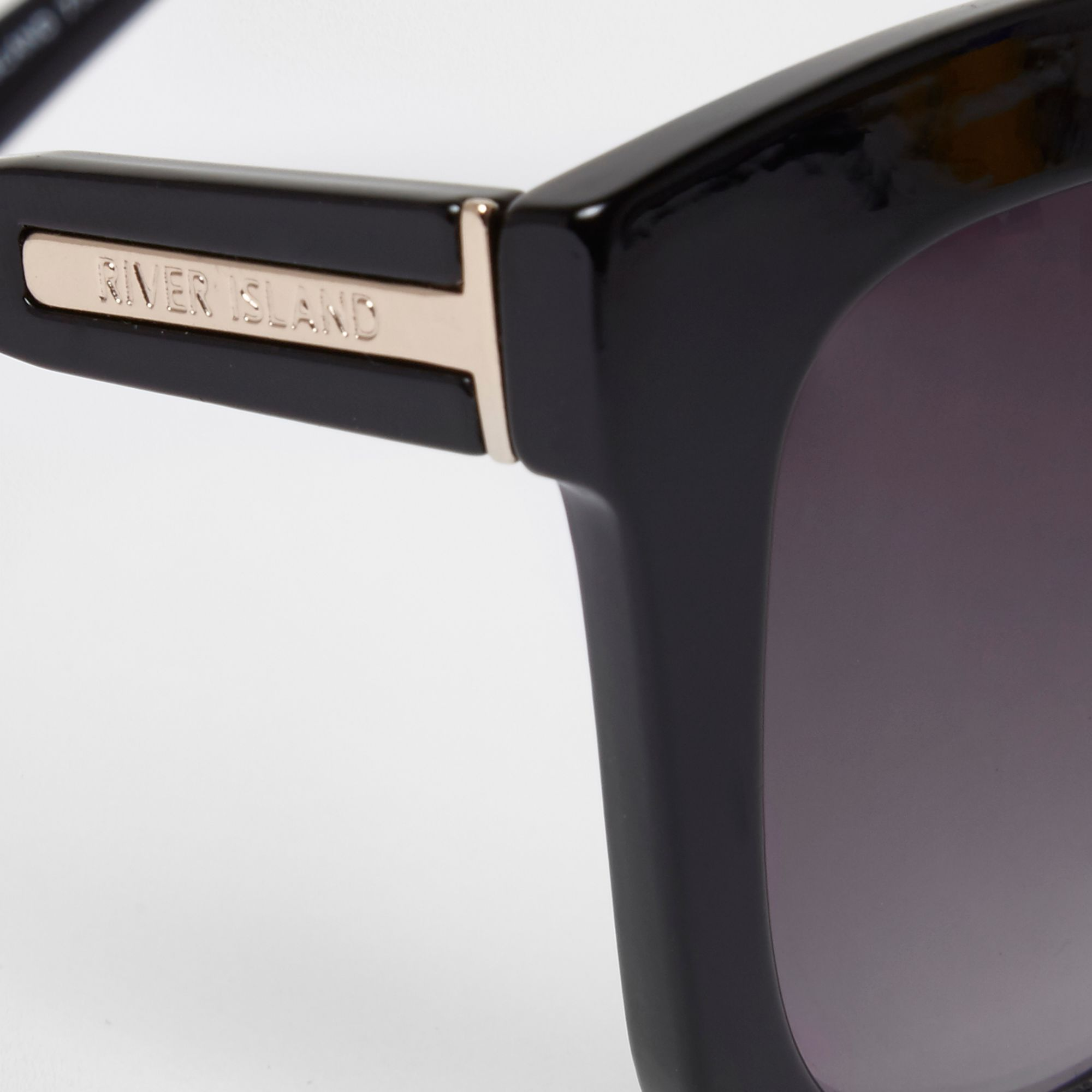 River Island Black oversized glam smoke lens sunglasses at £14 ... de57159f62