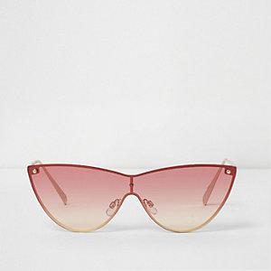 Goldene Cateye-Sonnenbrille mit Ombre-Farbverlauf