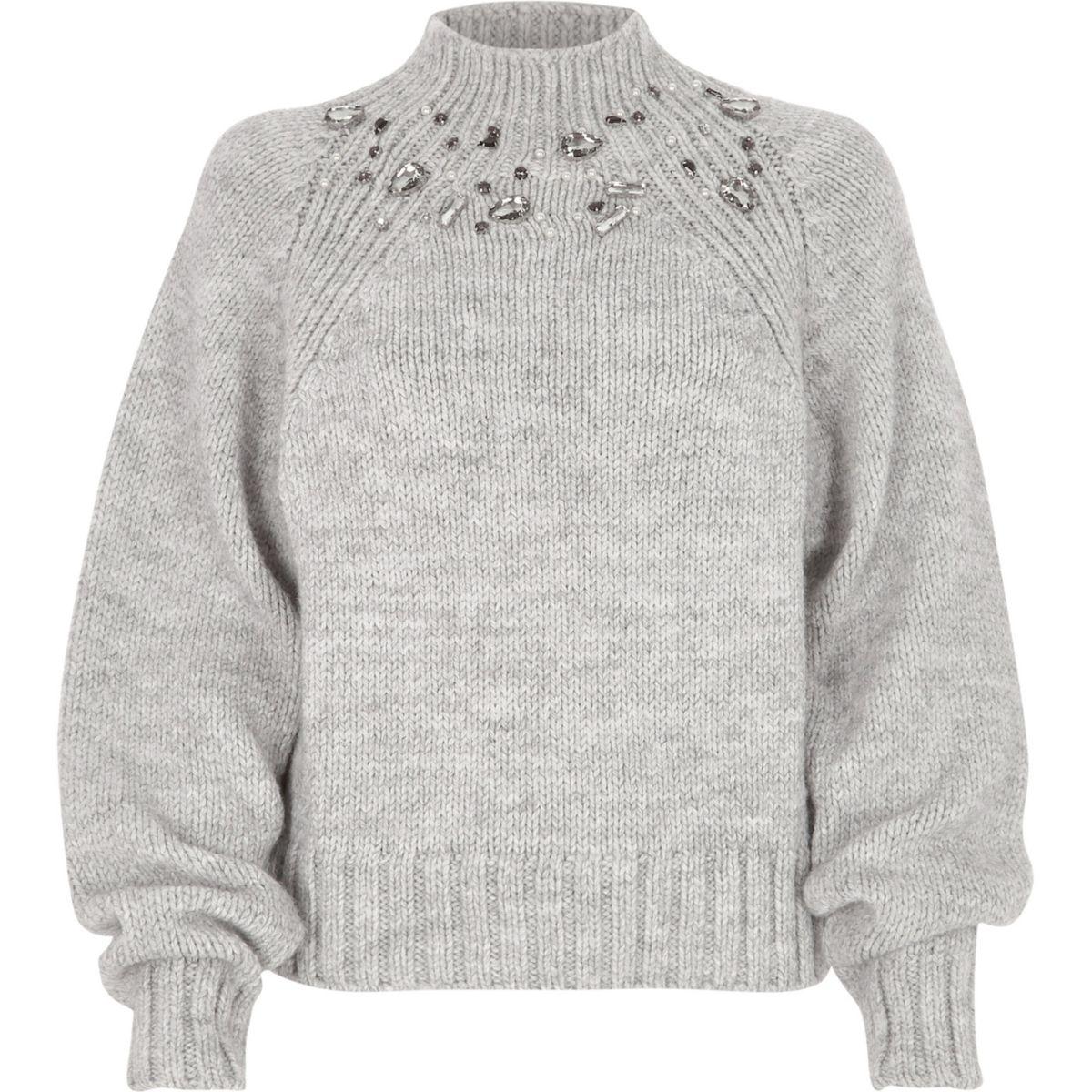 Grobstrick-Pullover mit Ziersteinchen