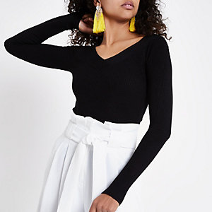 Black V neck long sleeve knitted top
