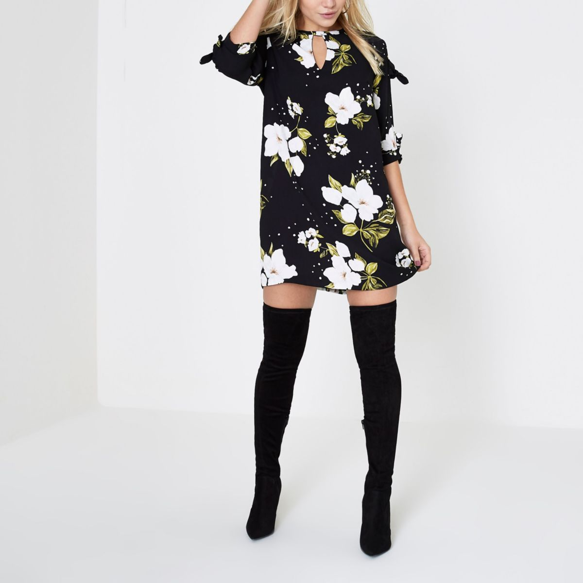 Petite black floral bow sleeve shift dress
