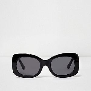 Lunettes de soleil glamour noires à montures carrées