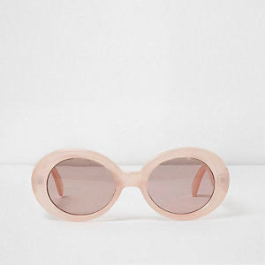 Ovale Sonnenbrille in Rosa