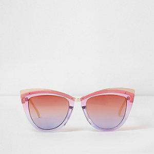 Roze cat-eye-zonnebril met ombré glazen
