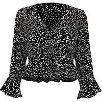 Black polka dot frill sleeve crop top