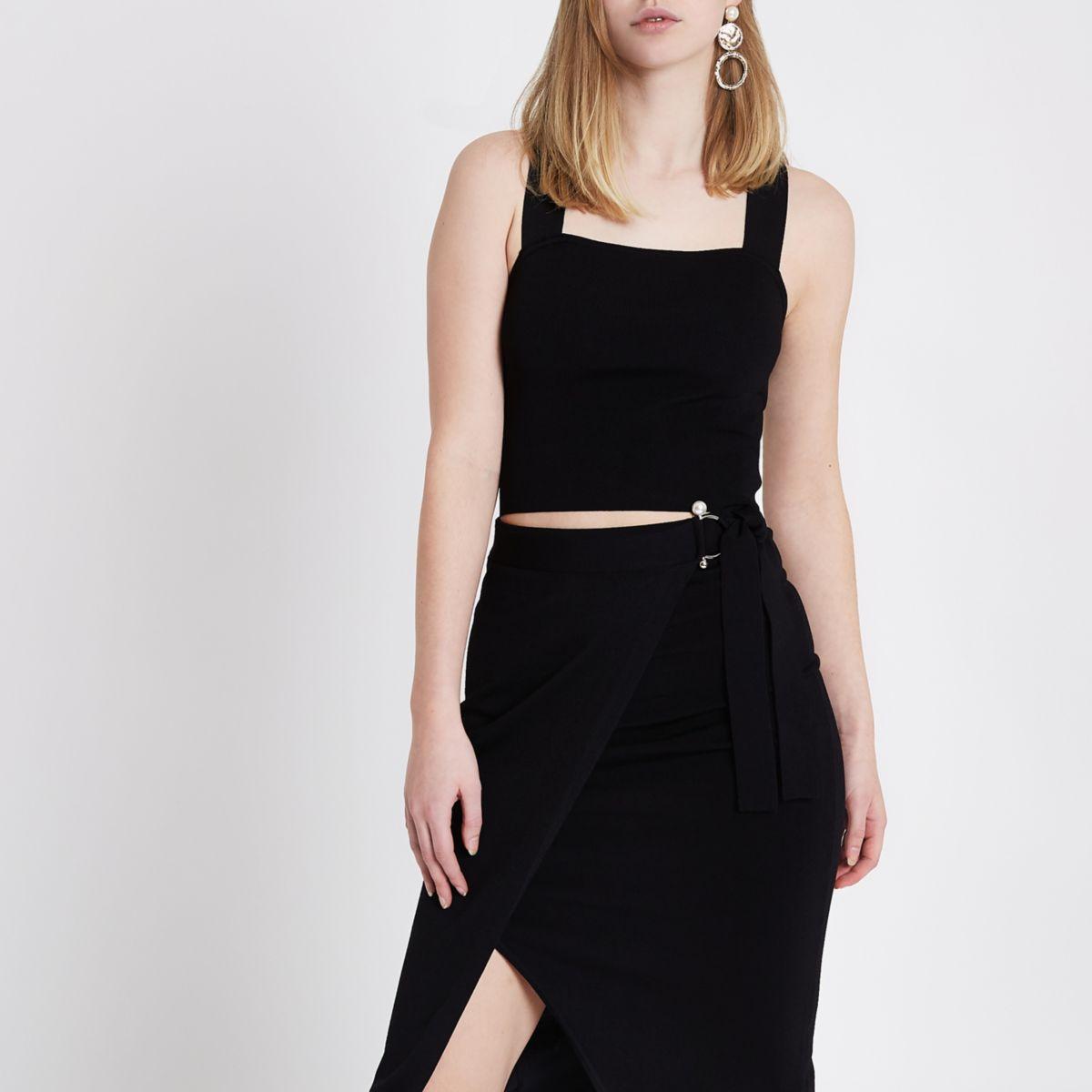 Black knit strappy faux pearl back crop top