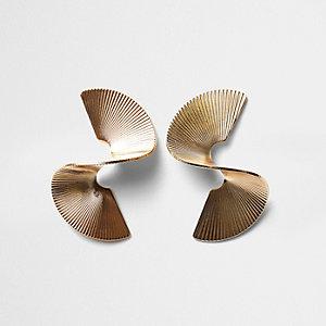 Gold tone twist sculpted earrings