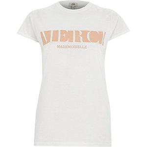 Wit aansluitend T-shirt met korte mouwen en 'merci'-print
