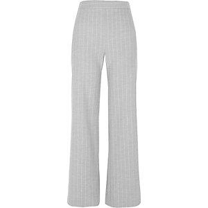 Grijze gestreepte broek met wijde pijpen