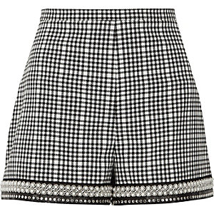 Black gingham check faux pearl hem shorts
