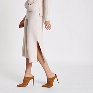 Light pink ribbed knit culottes