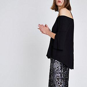 Black split three quarter sleeve bardot top