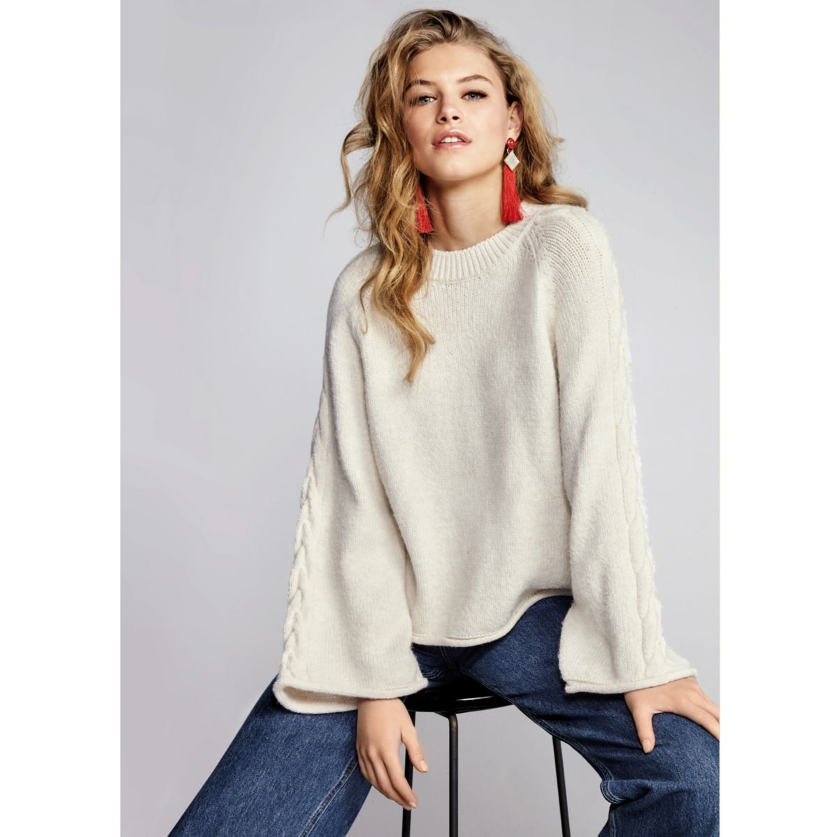 Cream wide cable knit sleeve jumper