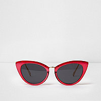 Bright pink cat eye smoke lens sunglasses