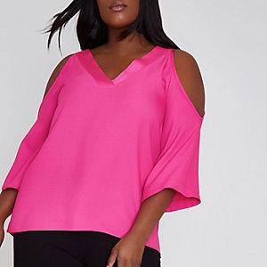 Plus – Bluse mit Schulterausschnitten in Pink