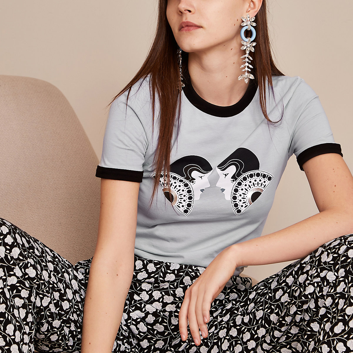 Holly Fulton - Lichtblauw T-shirt met dubbele print