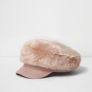 Light pink faux fur baker boy hat