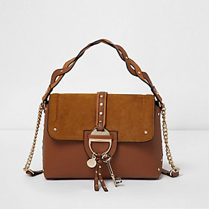 Tan key charm tab crossbody tote bag