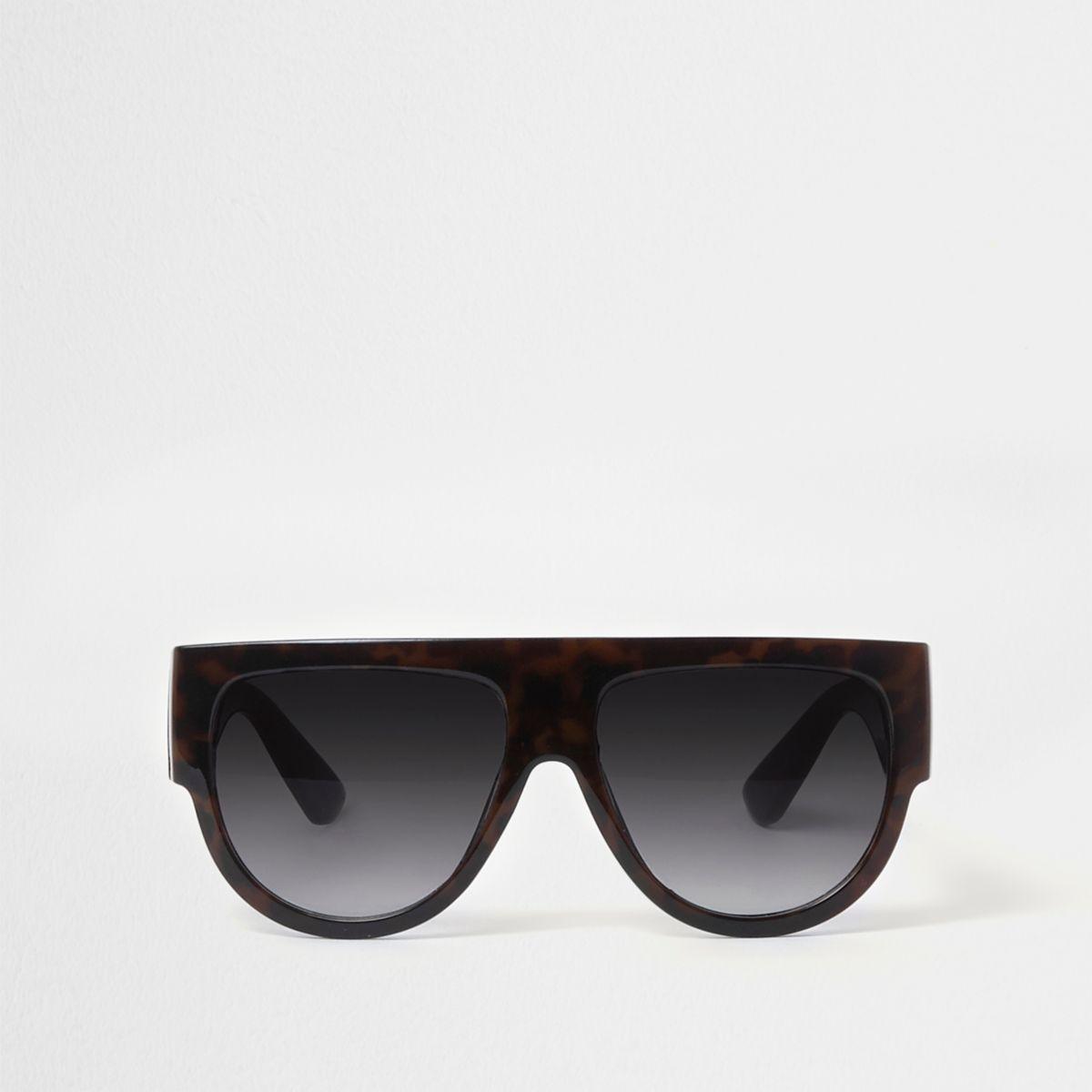 Black flat top tortoiseshell sunglasses
