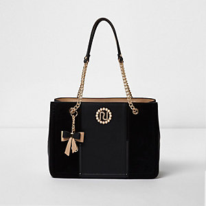 Black charm chain tote bag