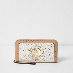 Crème laser-cut portemonnee met rits rondom en studs