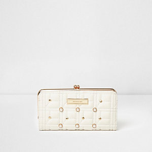 White quilted faux pearl clip top slim purse