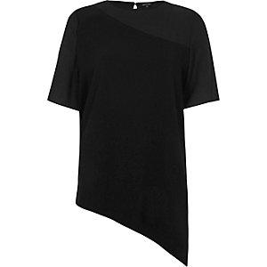 Schwarzes T-Shirt mit asymmetrischem Chiffon-Saum