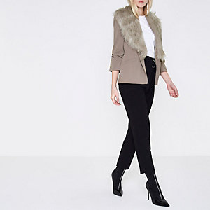 Grey faux fur collar blazer