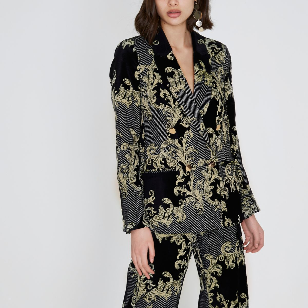 Black and gold jacquard blazer