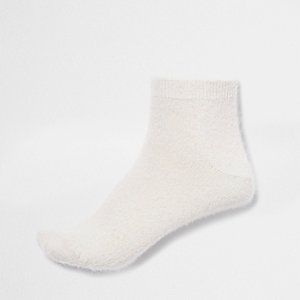 Cream fluffy ankle socks