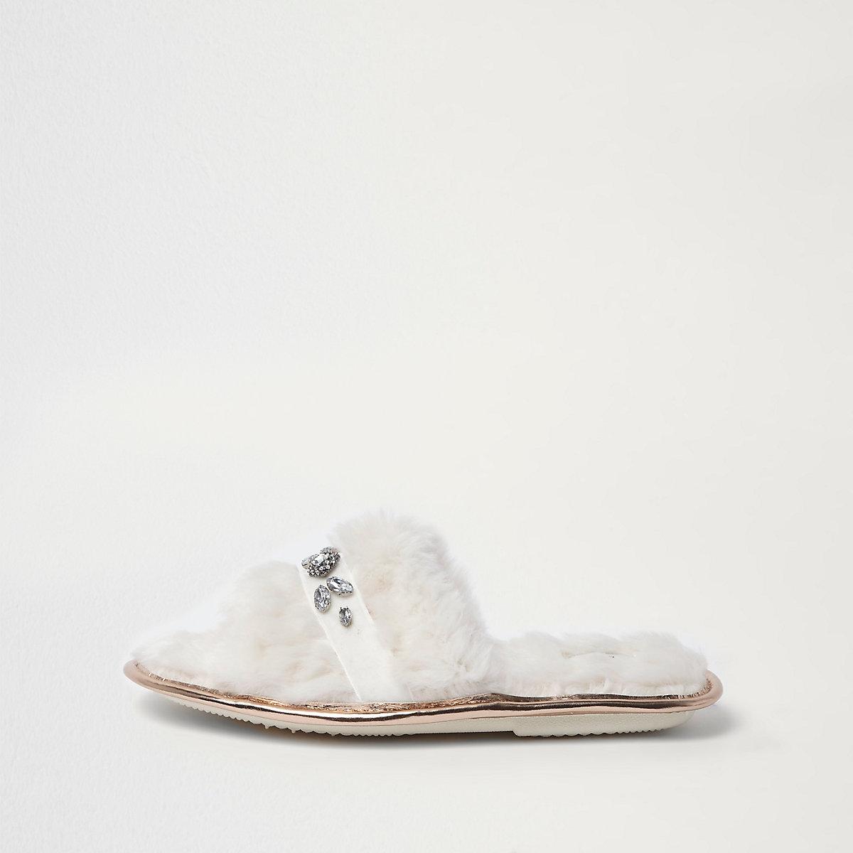 Cream faux fur embellished slider slippers