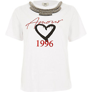 White 'amour' necklace embellished T-shirt